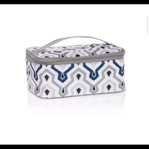 New Thirty-One Glamour Case - Ikat Waves